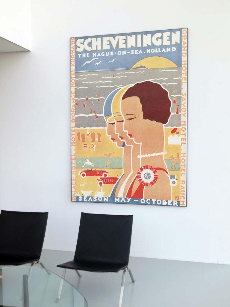 Mockup Poster En Sala De Estar
